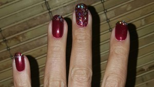 holiday manicure 1