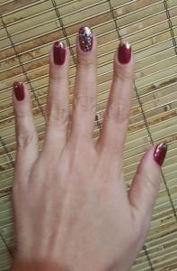 holiday manicure 2