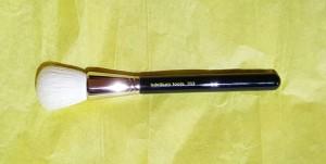 Bdellium Tools 959 Powder Brush 1