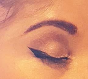 Winged Eyeliner Step 3