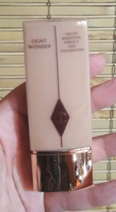 Charlotte Tilbury Light Wonder Foundation 4