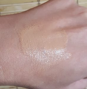 Charlotte Tilbury Light Wonder Foundation 6